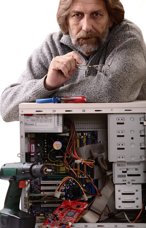 Techniker aus der Computer-Werkstatt